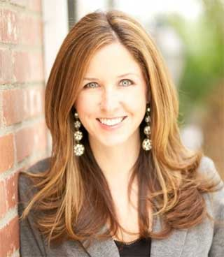 Dr. Lyndsay Elliott, Psychologist in Newport Beach